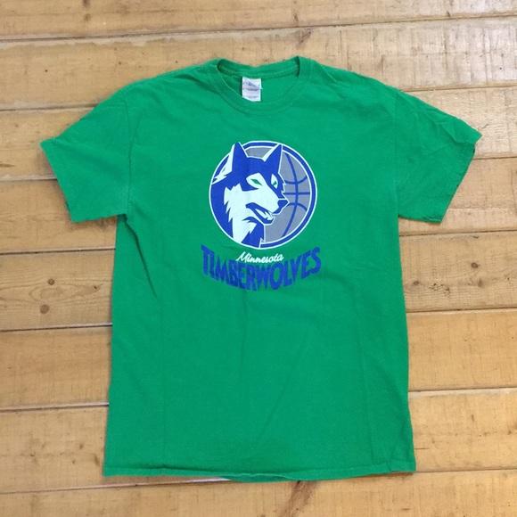 super popular f04e2 6b55d Minnesota Timberwolves retro vintage shirt medium